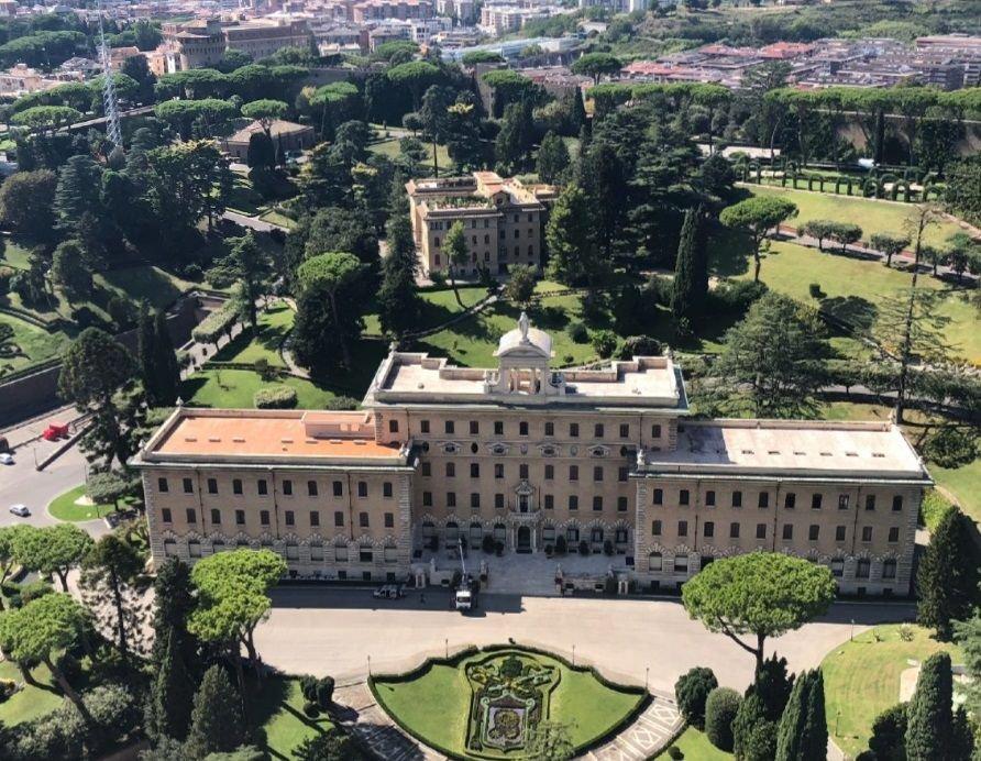 Вид на сады Ватикана с купола Собора Святого Петра, фото автора